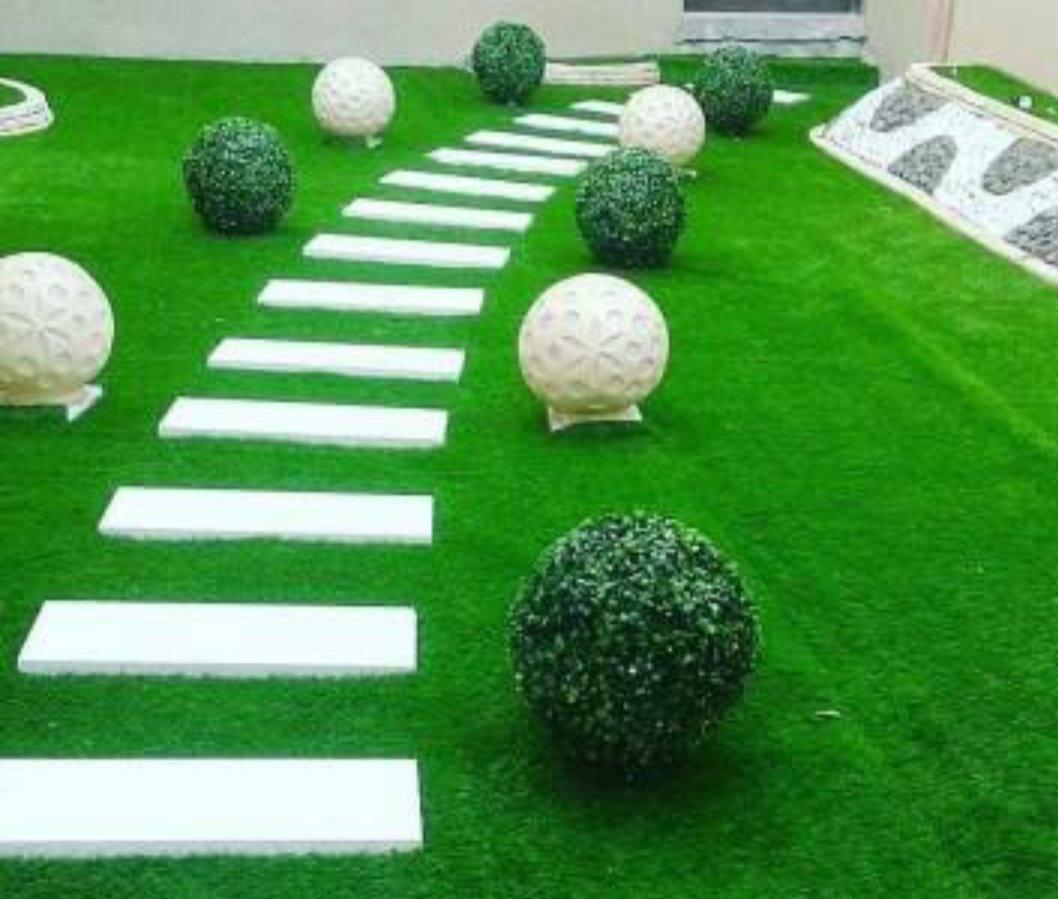 شركه تنسيق حدائق بالجبيل وتركيب عشب صناعي وتصميم شلالات ونوافير وتكريب نخيل وقص اشجار